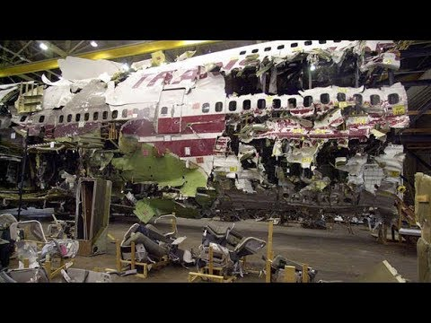 What happened to flight TWA 800?